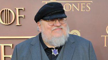 De schrijver van Game of Thrones en de nieuwe serie Nightflyers die dit jaar naar Netflix komt: George R.R. Martin