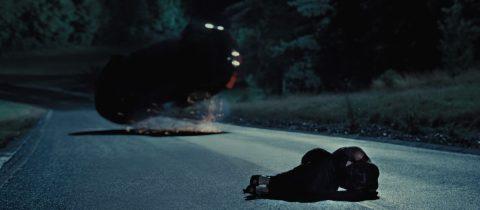 De scene uit Casino Royale waarin James Bond zijn Aston Martin DBS crasht