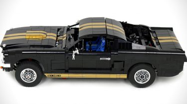 LEGO-1965-Ford-Mustang-GT-350-H-02