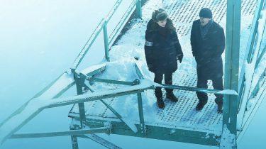 Een scene uit de nieuwe Franse Netflix serie Glacé die nu ook in Nederland te zien is onder de naam The Frozen Dead