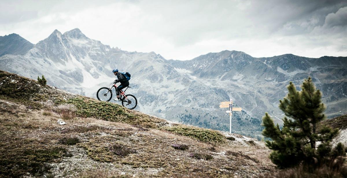 mountainbiken in de alpen