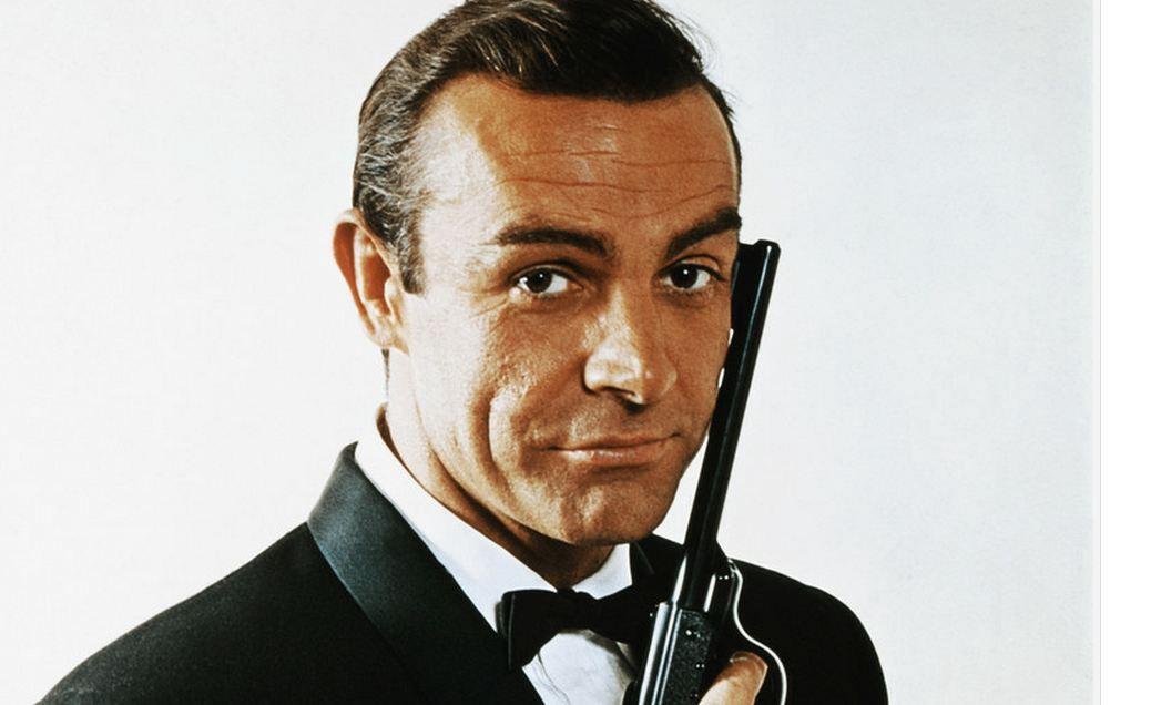 James Bond trigger mortis Manners Boeken
