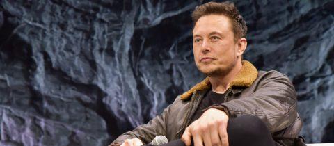 Elon Musk snoep nieuwe vriendin Grimes