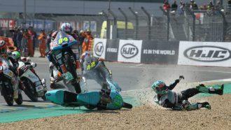 Jakub Kornfeil sprong Moto3