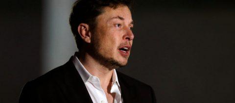 Elon Musk biedt excuses aan aan duiker