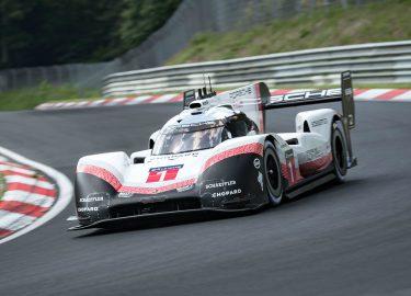 Rij Mee Met De Porsche 919 Evo Die Het Nurburgring Record Pakte