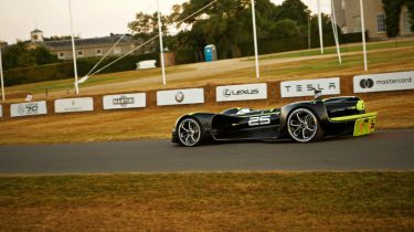 Zelfrijdende raceauto Robocar Goodwood festival