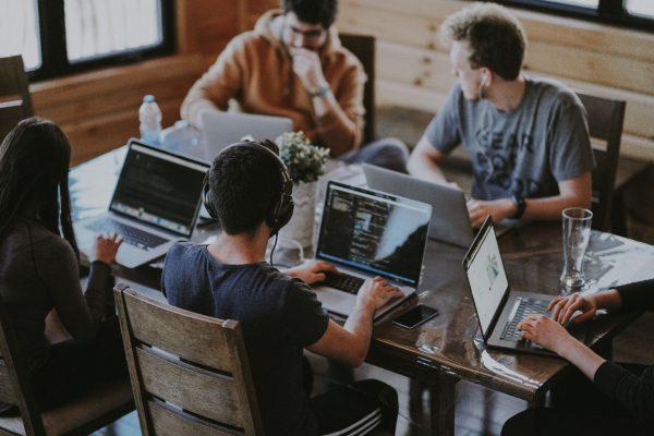 Freelancers zijn gelukkiger dan loonwerkers