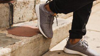 9 top hardloopschoenen die je ook als sneakers kunt dragen