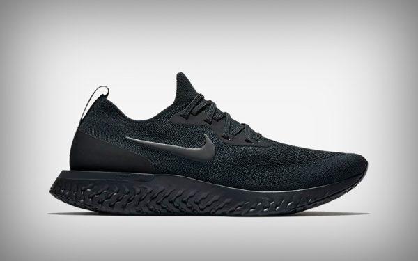 0372c898cfd Astu! 10 zwarte sneakers voor de stijlvolste herfst ooit