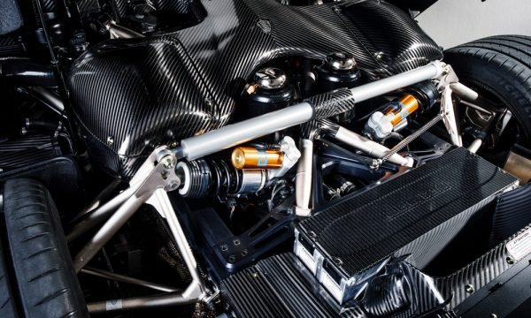 Nieuwe versie Koenigsegg-Naked-Carbon-Regera-6