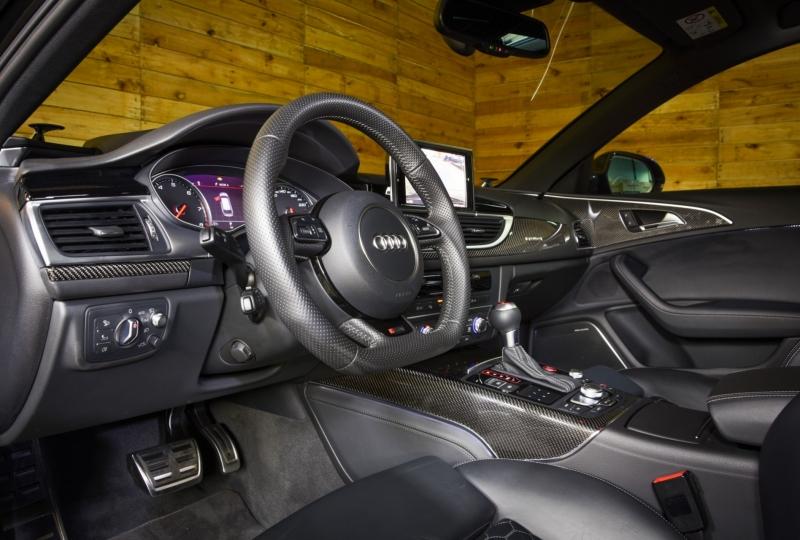Audi RS6 in parelkleur