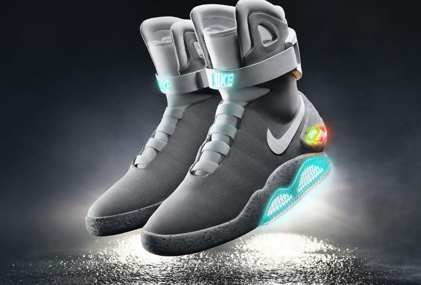 De zelfstrikkende sneaker uit 'Back tot he Future
