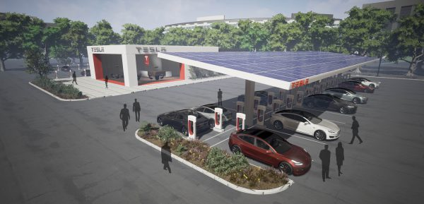 Tesla Model S laden tijdens vakantie