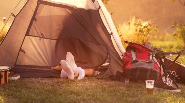 Seks tent camping