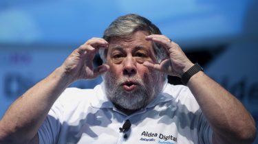 Steve Wozniak oprichter Apple opvouwbare smartphone