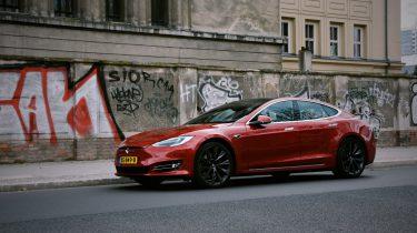 Tesla Model S naar Berlijn