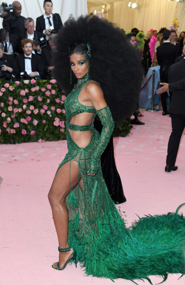 met gala 2019, celebs, outfits, sexy, vrouwen, Camp Notes On Fashion