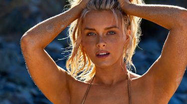 Sports Illustrated Swimsuit Edition 2019, Tyra Banks, Camille Kostek, Alex Morgan, (3)