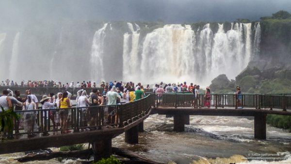 prachtige, plekken, aarde, massatoerisme, overtoerisme, iguazu watervallen