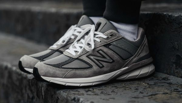 vetste, sneakers, 2019, populair, new balance 990, new balance 990v5, sneakers, dad shoes, edities, steve jobs