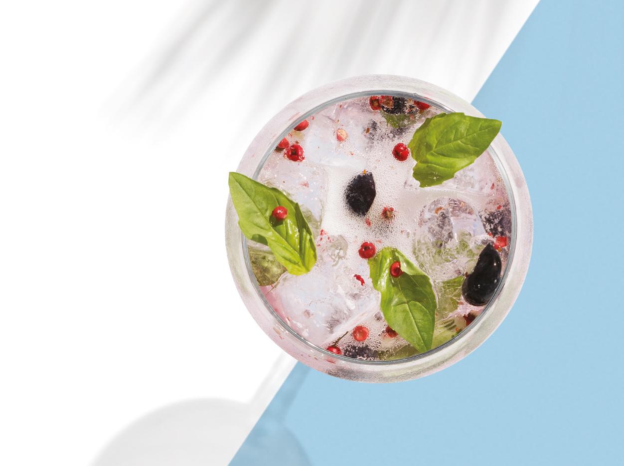 Bombay Sapphire Basil Blush Gin