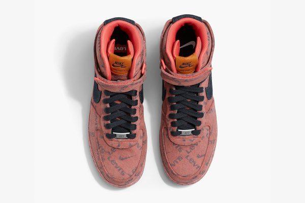 Nike Air Force 1, levi's, sneakers, spijkersneakers, jeans