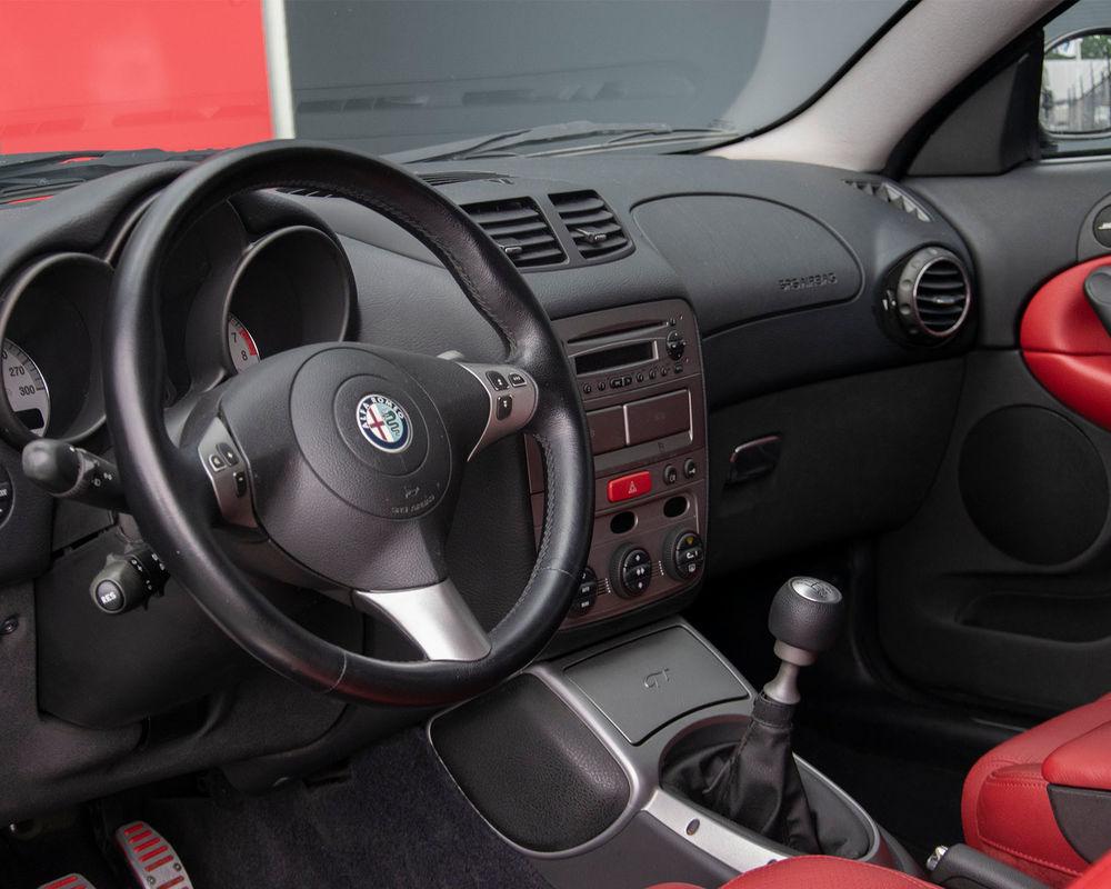 Alfa Romeo GT uit 2004 van PrinsAlfa