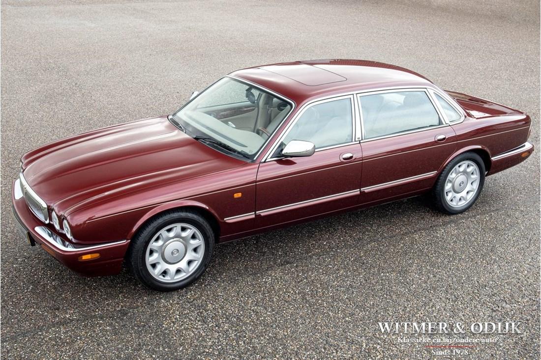 Tweedehands Daimler Super V8 occasion