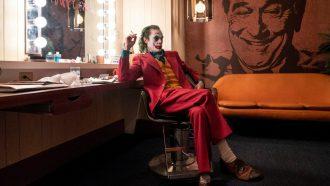 Shop de stijl van Joaquin Phoenix als Joker_ pak, vestje, shirt en schoenen (2)