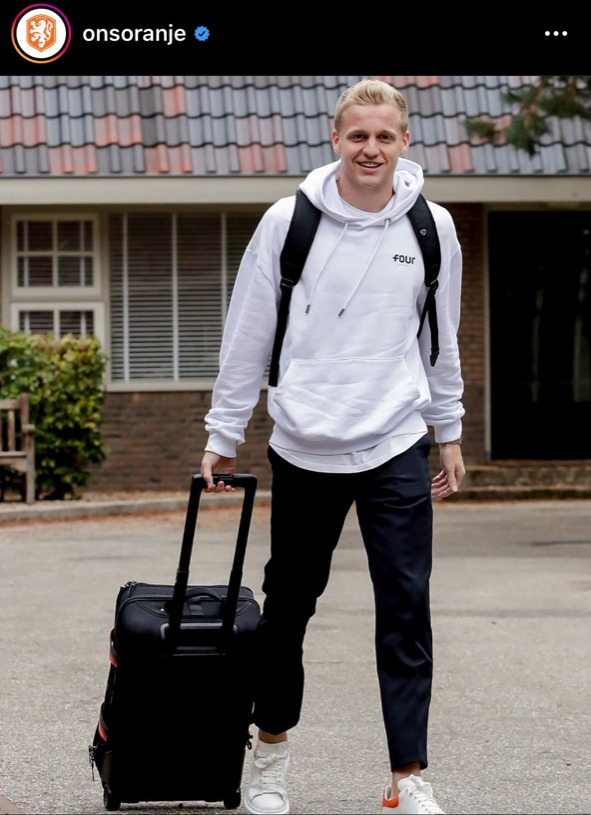 donny van de beek, causal kledingstijl, oranje-internationals, nederlands elftal