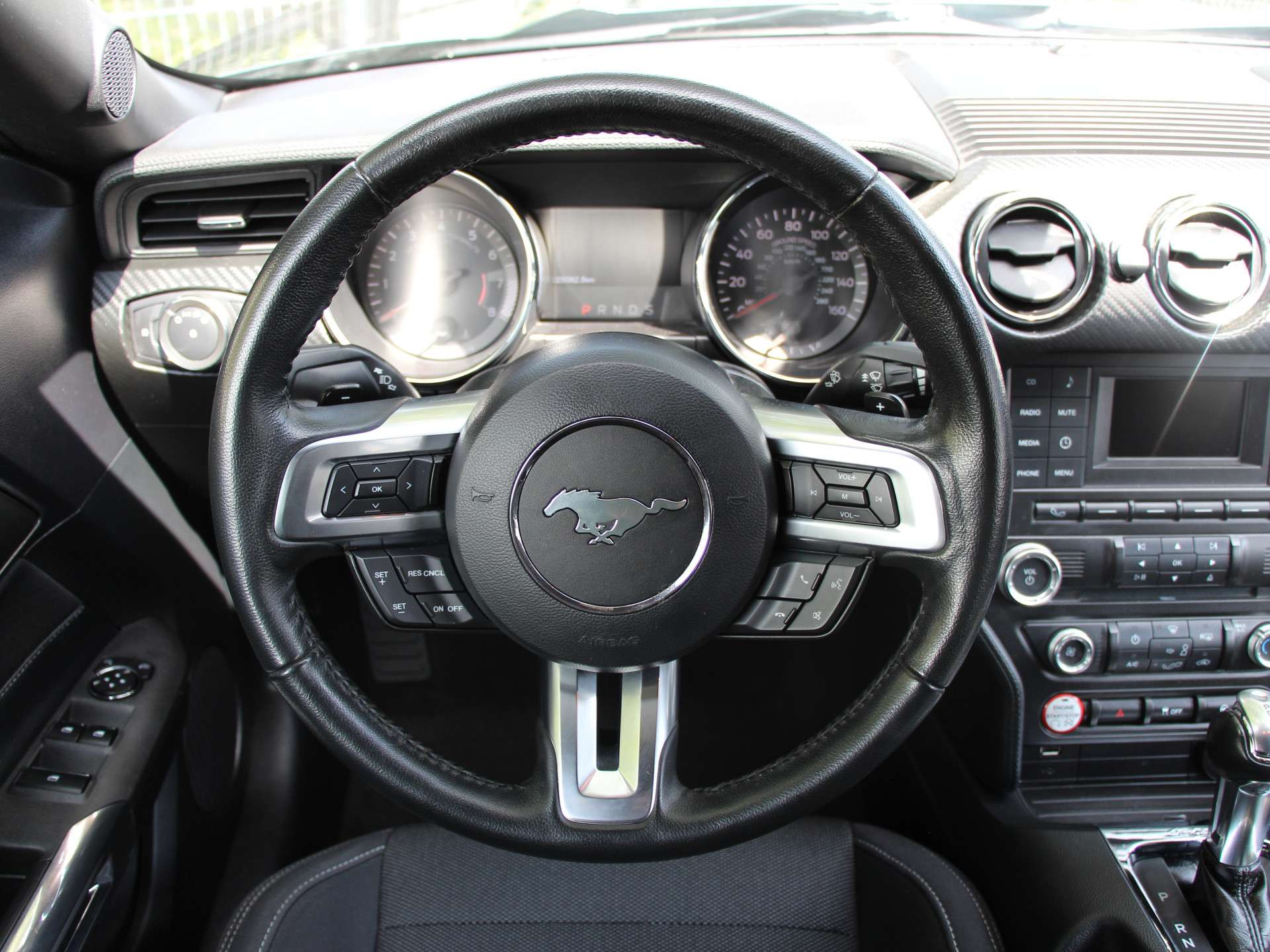 Tweedehands Ford Mustang V6 Cabrio occasion