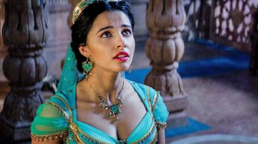 naomi scott, sexy, fotos, prinses jasmine, aladdin
