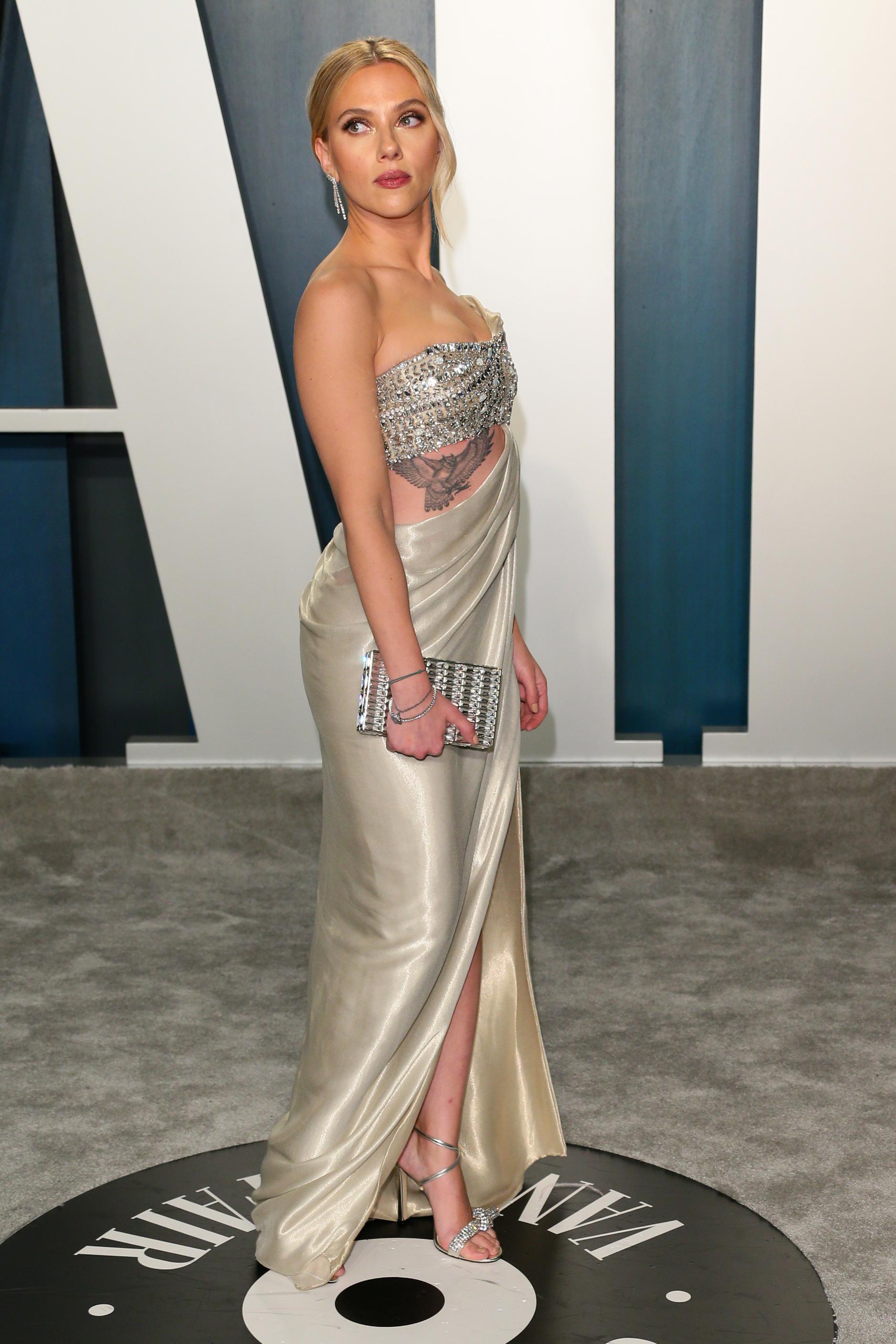 scarlett johansson, oscars 2020, beste en meest sexy outfits