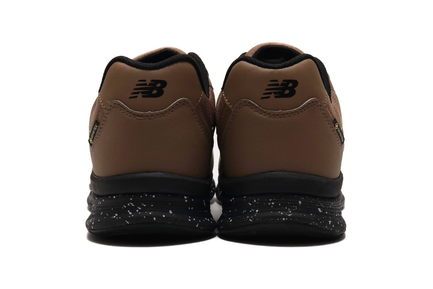 New Balance MW880 gore-tex, sneakers, 111