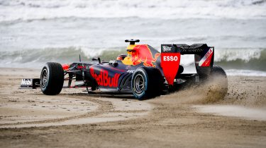 Zondag met Lubach Formule 1 strand