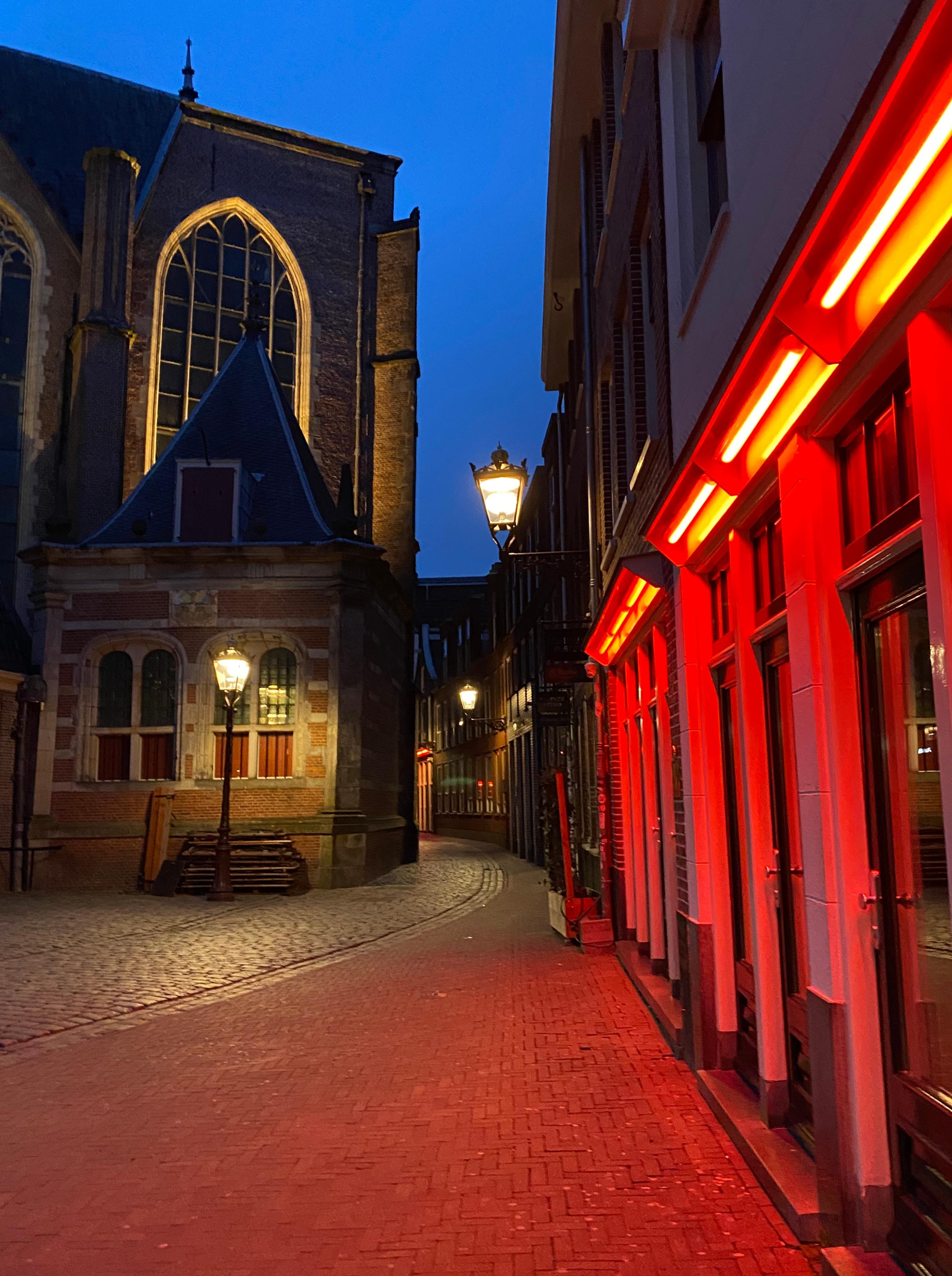 wallen, amsterdam, lockdown, fotos, fiets, leeg, apocalyptisch