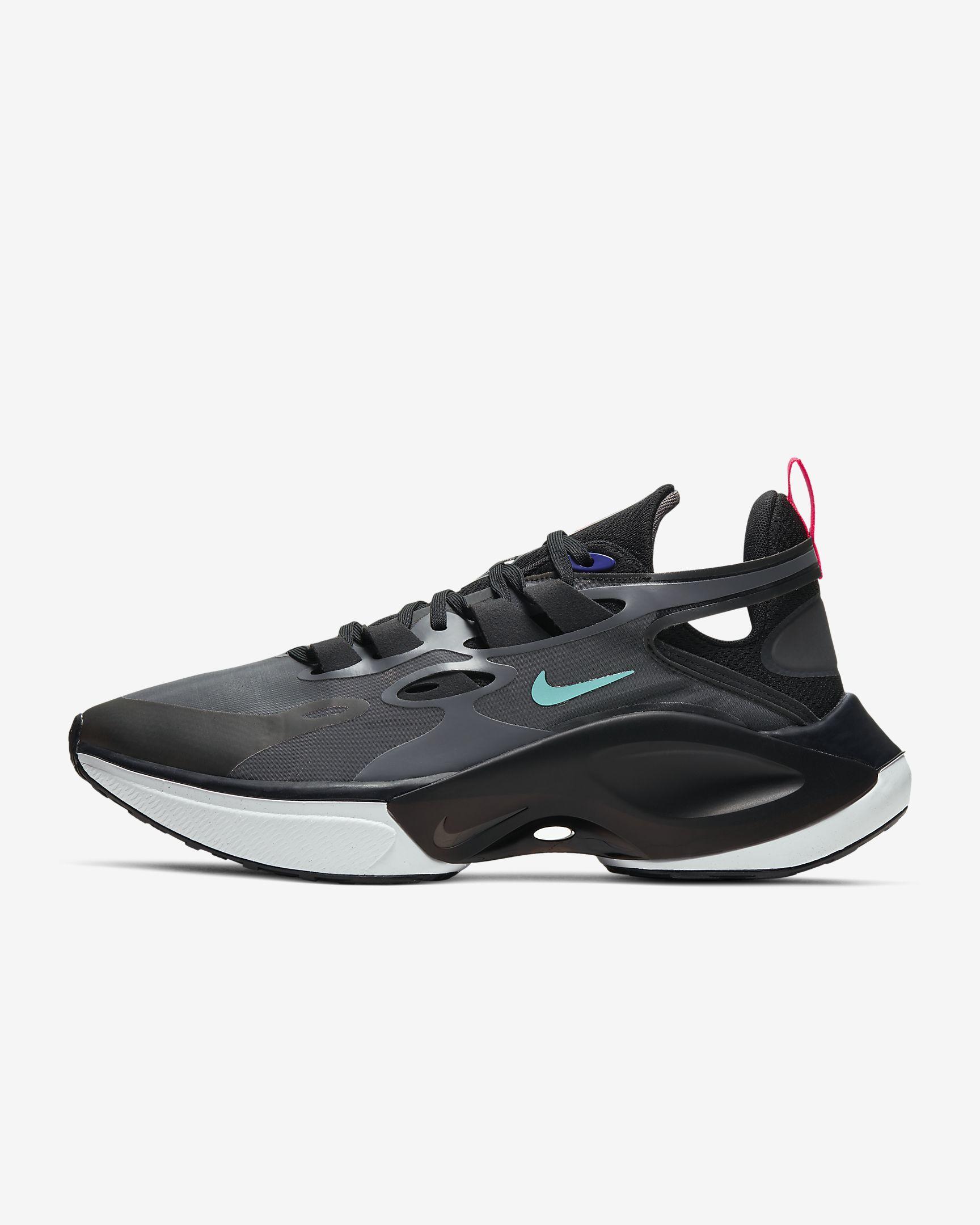 Signal D/MS/X, nike sneakers, korting, sale, kortingscode, summer30