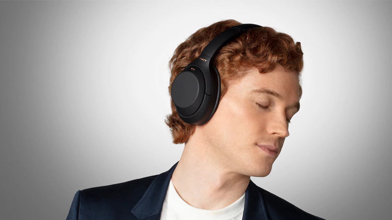 Sony WH-1000XM4 noise cancelling