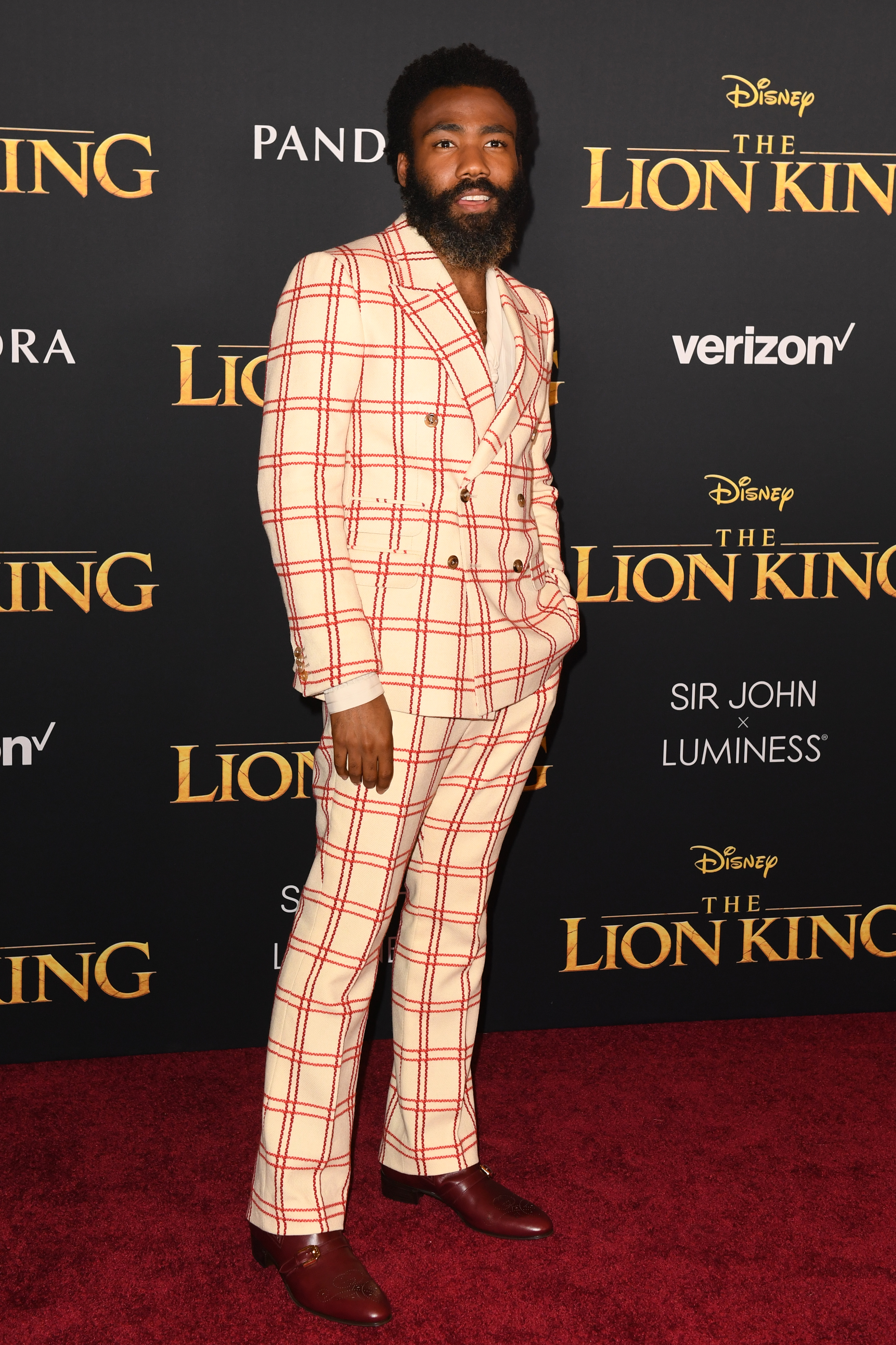 donald glover, stijl, looks, pakken, style game