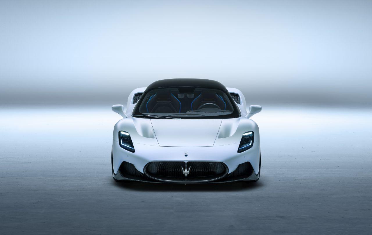 maserati mc 20, Ferrari F8 Tributo