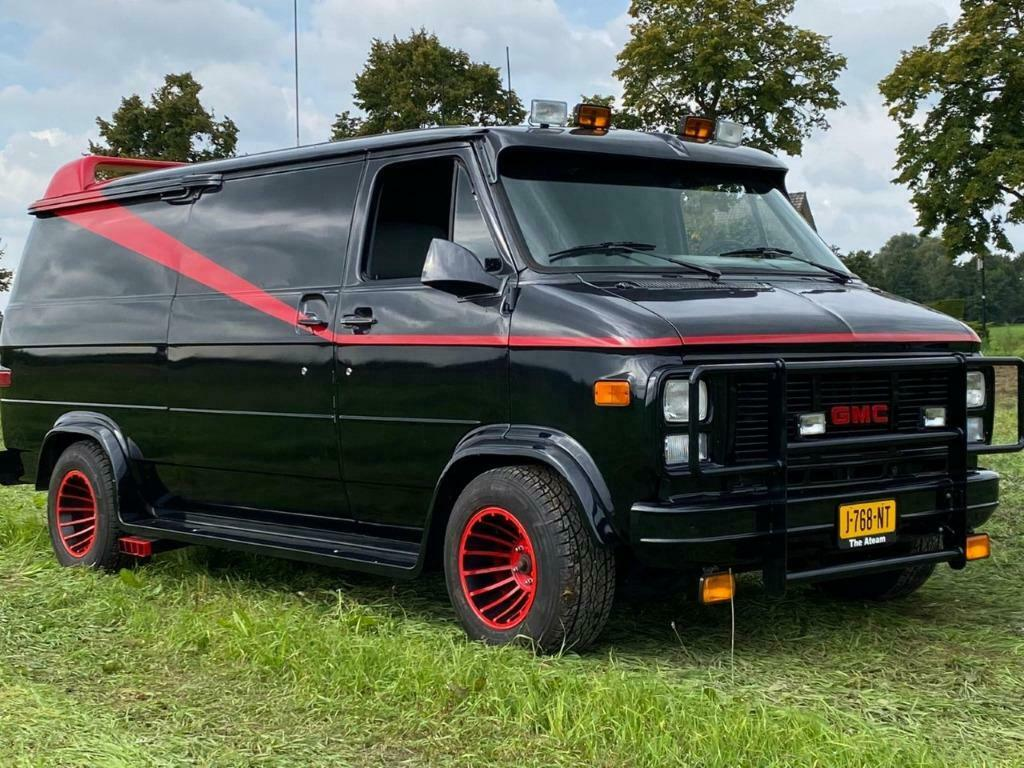 Chevrolet Chevy Van The A-Team replica