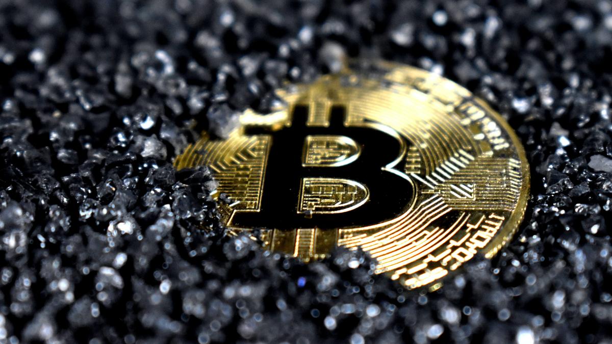 Bitcoin en belastingaangifte: 7 vragen en antwoorden - Manners Magazine